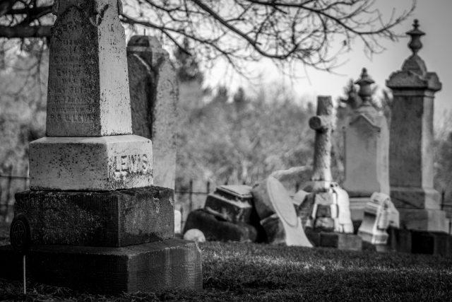 On teste un service de pompes funèbres pour organiser des funérailles